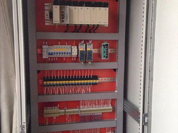 PLC控制柜如何进行合理的散热:7个循序渐进指南